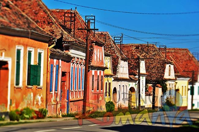 Our private tours city break city break in transylvania private guided tour 3 days - Saxon style houses in transylvania ...