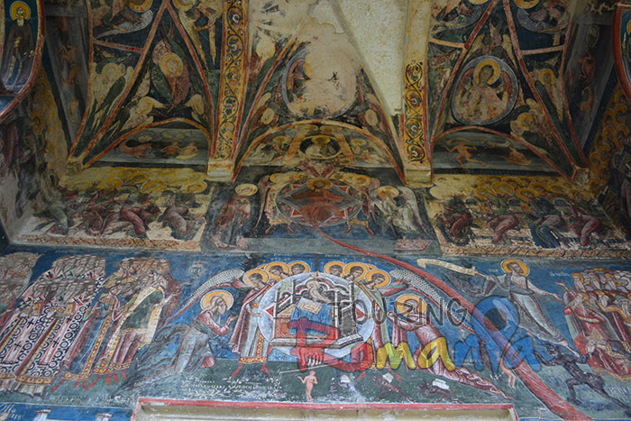 Moldovita Painted Church Bucovina Romania Unesco World Heritage 5