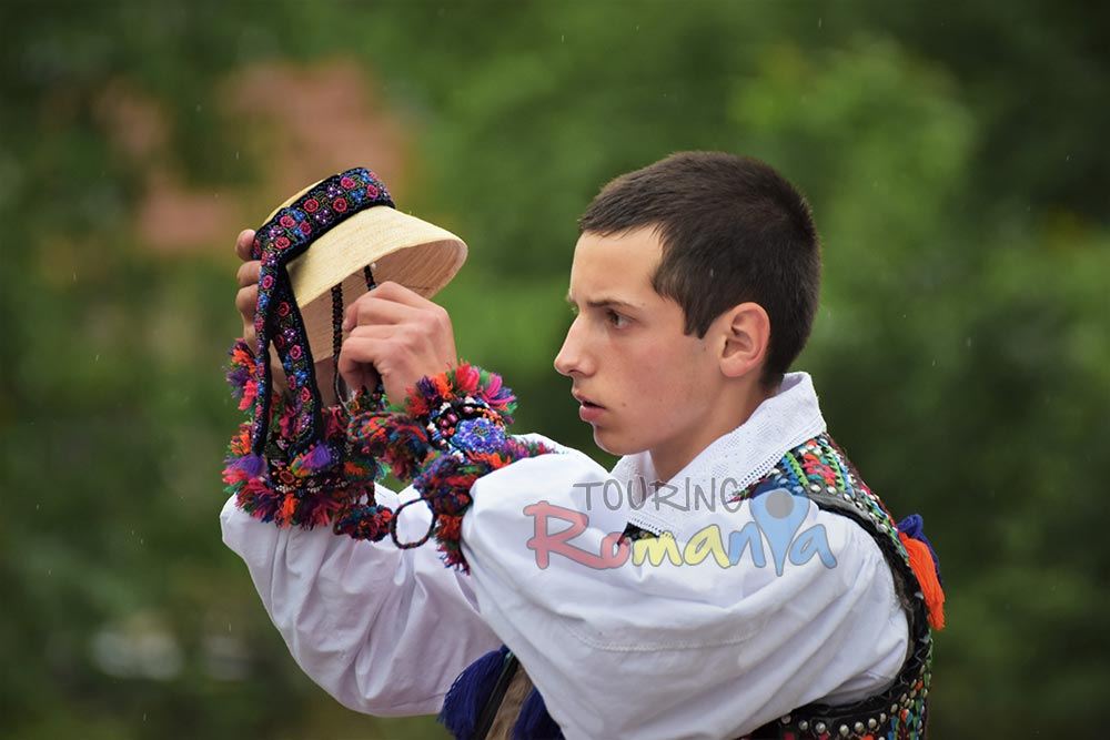 Maramures Traditions Private Guided Tour in Transylvania 4