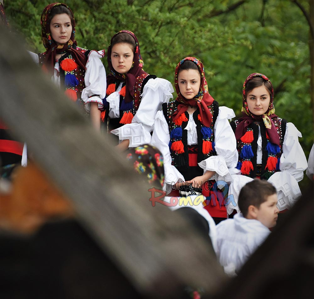 Maramures Traditions Private Guided Tour in Transylvania 7