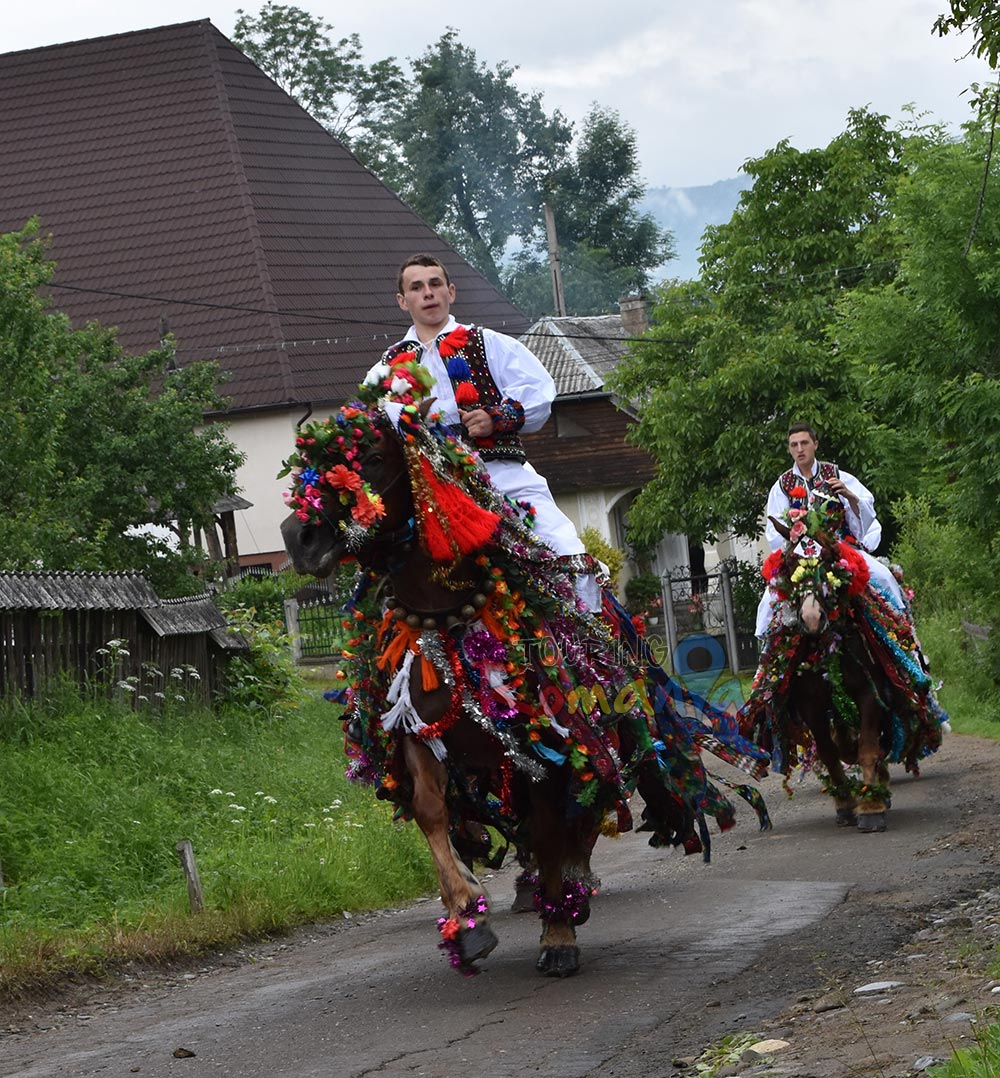 Maramures Traditions Private Guided Tour in Transylvania