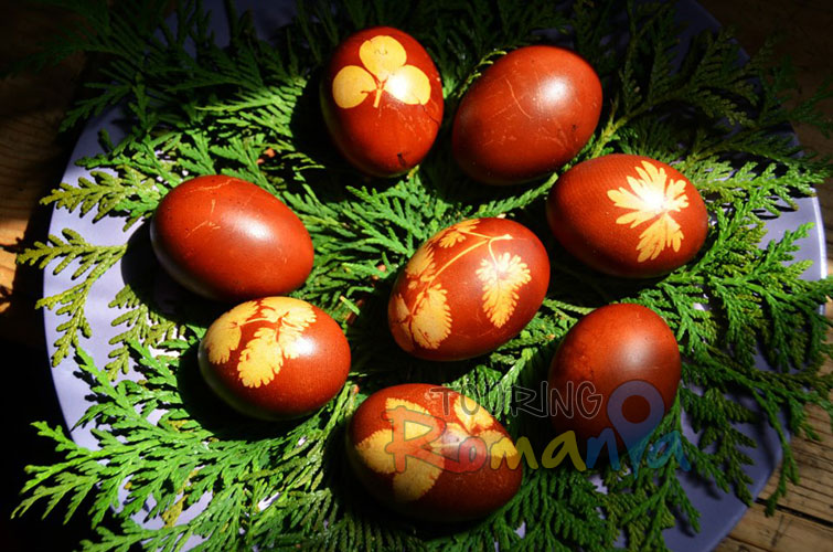 Easter in Maramures Romania photo source villagehotelmaramures 15